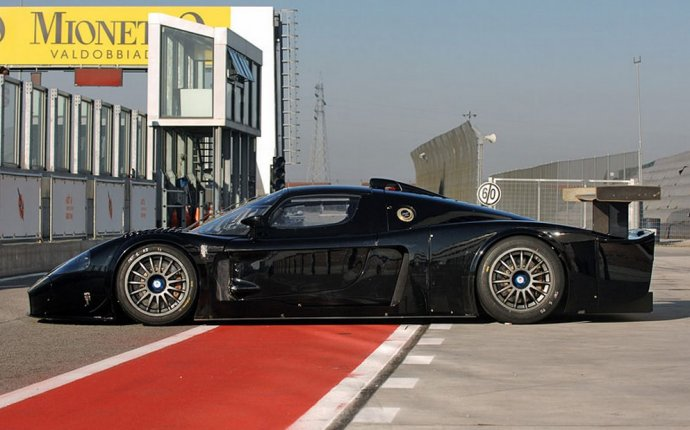 2005 Maserati MC12 Versione Corse Street Legal Race Car | Car