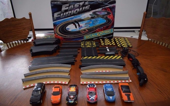 Scalextric Fast & Furious Limited Edition VERY RARE with 6 Cars
