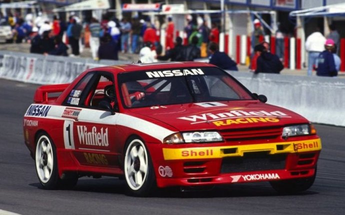 Nissan Skyline Race Car
