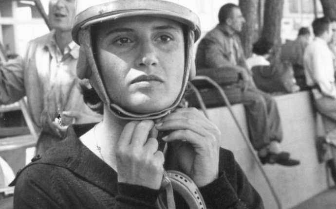 Female Race Car drivers History
